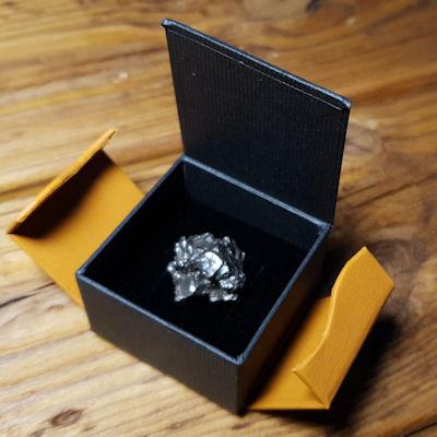 Meteorit XL mit Geschenkbox kaufen im Meteoritenshop